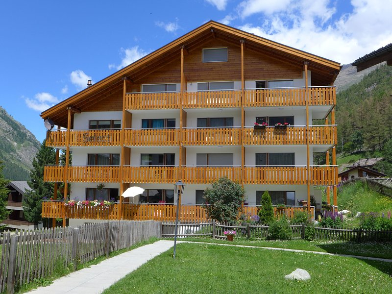 Zermatt accommodation chalets for rent in Zermatt apartments to rent in Zermatt holiday homes to rent in Zermatt