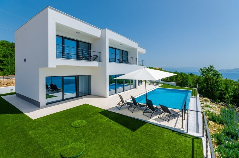 Family villa with seaview, holiday rental in Crikvenica