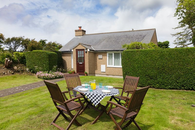 Dandy Rigg Cottage, vacation rental in Ballabeg