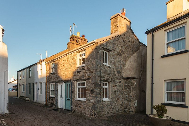 Curlew Cottage, vacation rental in Ballabeg