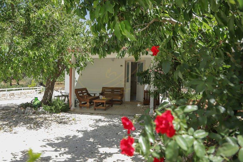 CASETTA ROSMARINO - CASETTE PRICCI, vacation rental in Castellana Grotte