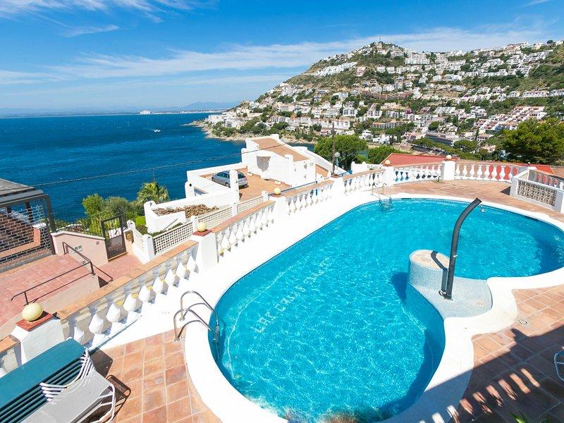 CASAS BLANCAS, holiday rental in Roses