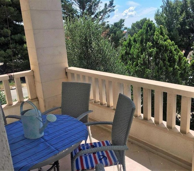Bol Apartment Sleeps 4 with Air Con - 5828791, vacation rental in Bol