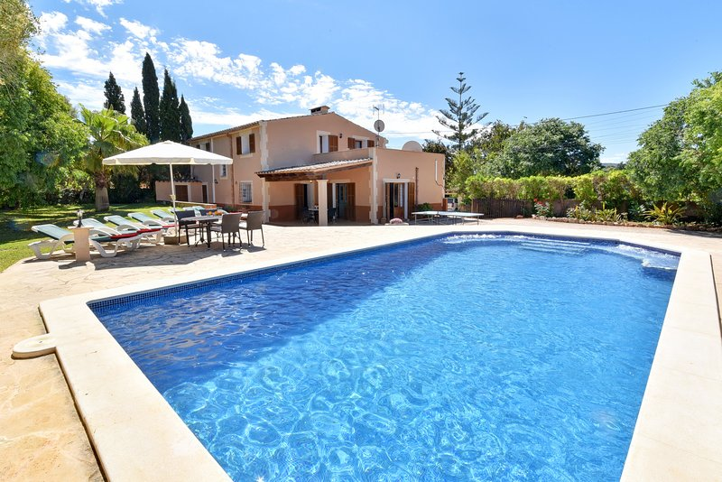Villa Sa Cavea, vacation rental in Cas Concos