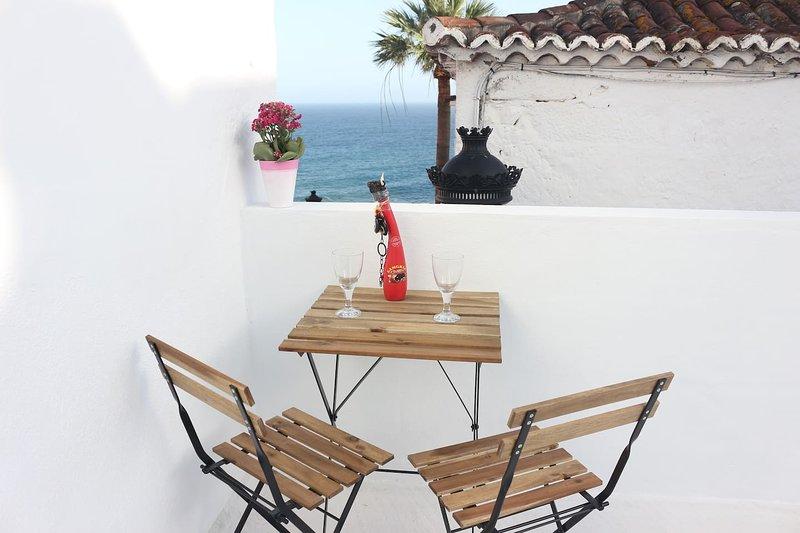 Nice apt with sea view & terrace, aluguéis de temporada em San Pedro