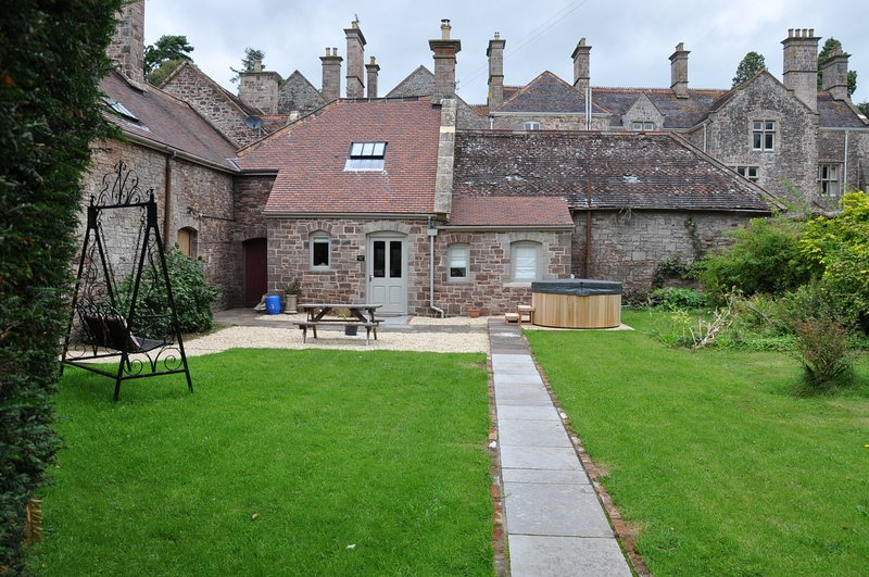 Country Estate -  Cecile's Cottage, Llandenny., holiday rental in Torfaen
