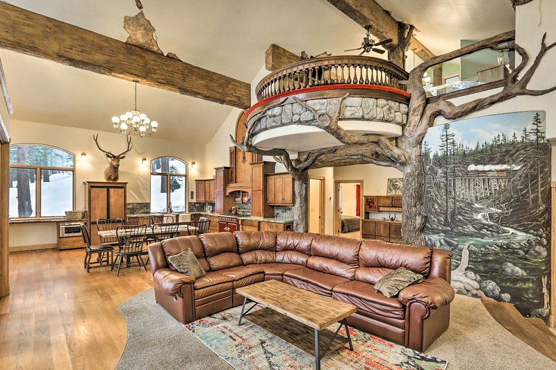 NEW! Stunning Castle-Style Cabin: A Skier's Dream!, vacation rental in Soda Springs