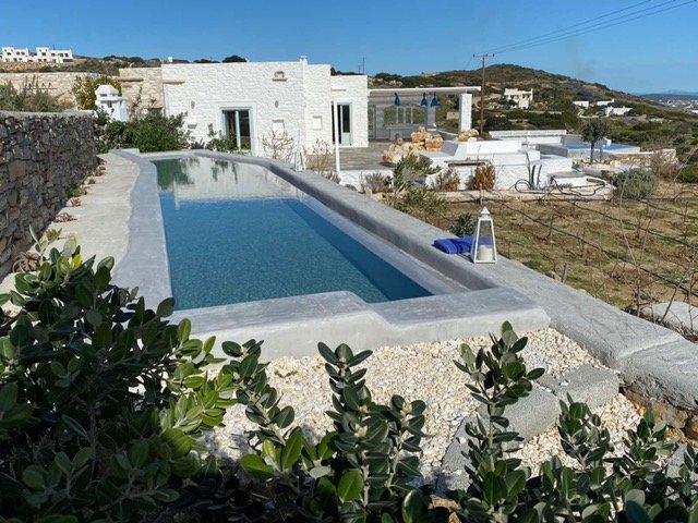 Villa Space, with 5 br, private pool, private jacuzzi and sea view, Ferienwohnung in Lefkes
