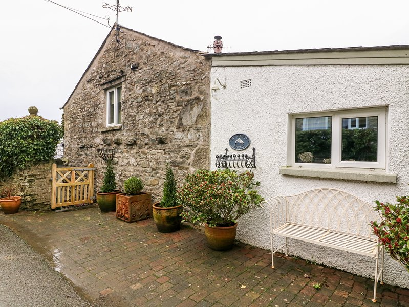 St. Sundays Cottage, Endmoor, holiday rental in Hincaster