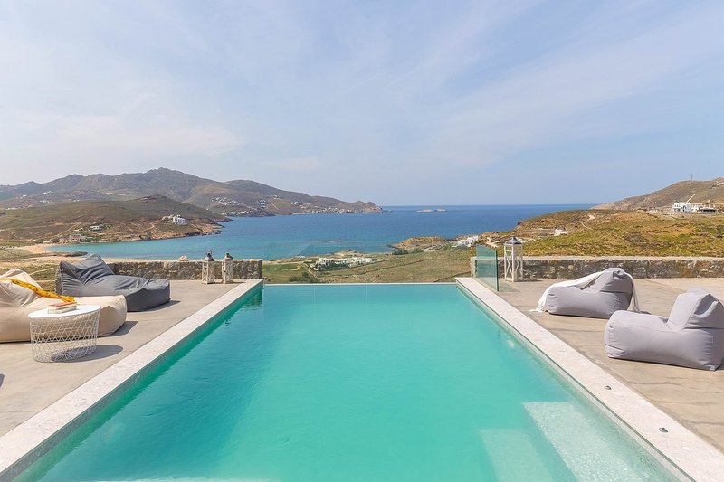Villa Allison, holiday rental in Ftelia