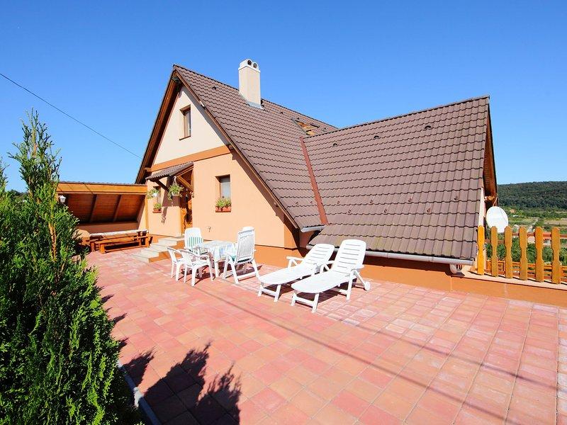 Mandorle, holiday rental in Lovas