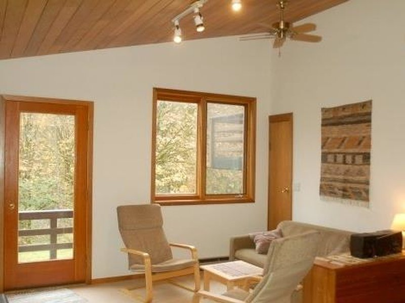 Photo of 05MBH Riverside Apartment w/ a View