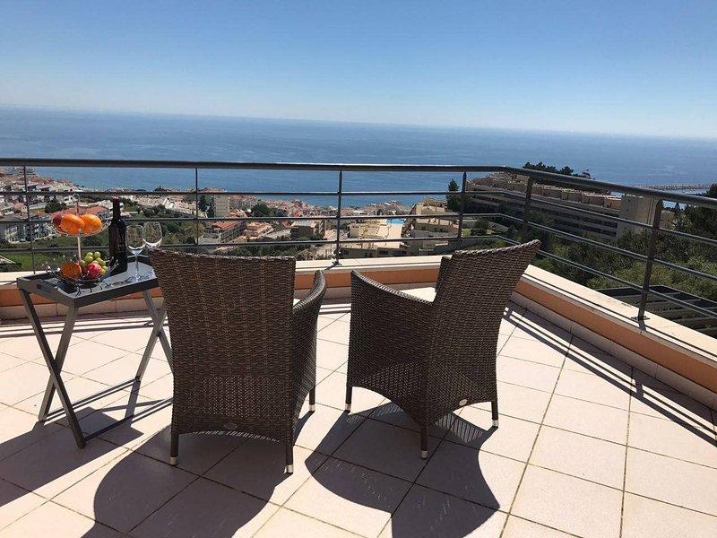 Luxus Ferienhaus 'Casa Paraiso', holiday rental in Sesimbra