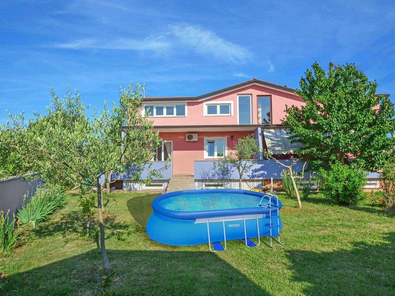 Finida, holiday rental in Petrovija