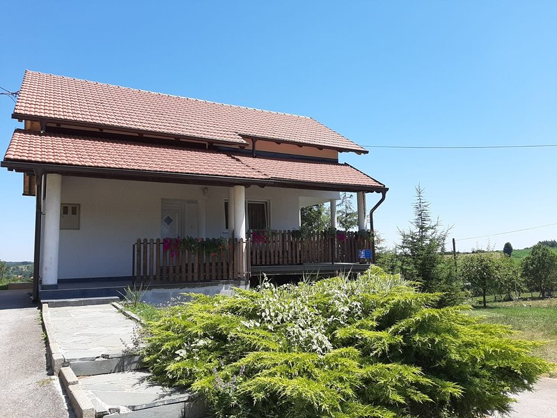 Apartment MiaMare entire house, holiday rental in Plitvice Lakes National Park