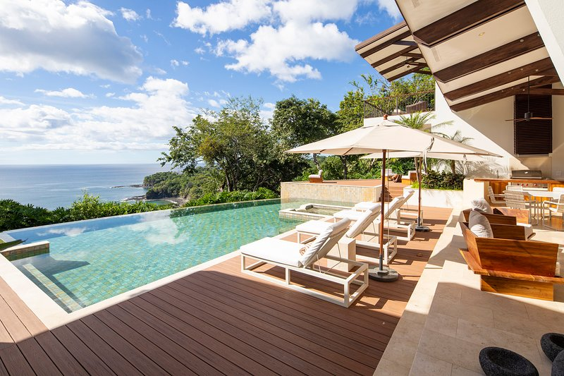 Costa Rica Luxury Villa Papagayo, vacation rental in Curubande