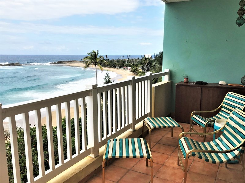 #17 Beachfront Apartment at Isabela PR. Villa Pesquera, Montones, Shacks, Royal, Ferienwohnung in Isabela
