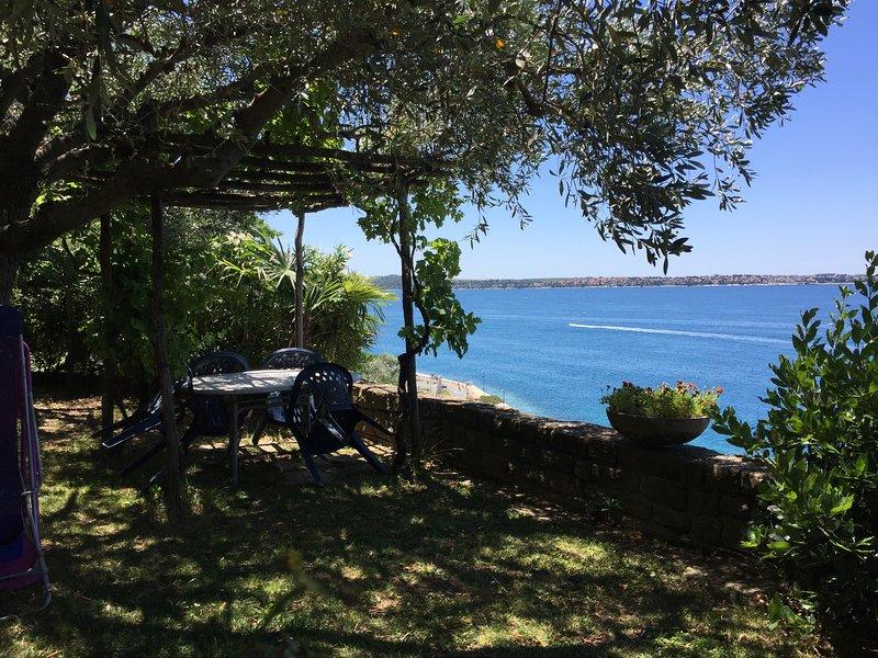 Apartment Kandus - Beautiful Views, Free Parking, vacation rental in Piran