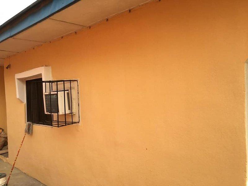 Comfort at Lisa Bungalow, location de vacances à Imo State