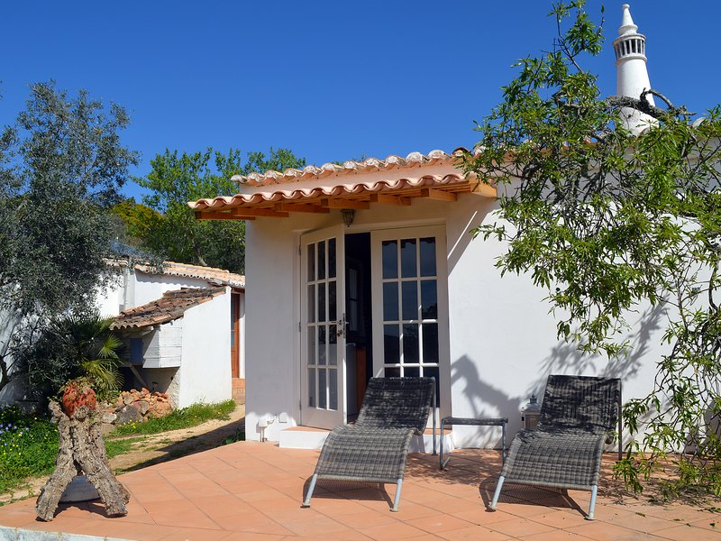 Monte Rosa rural guesthouse, a place to unwind (9a), vacation rental in Barao de Sao Joao