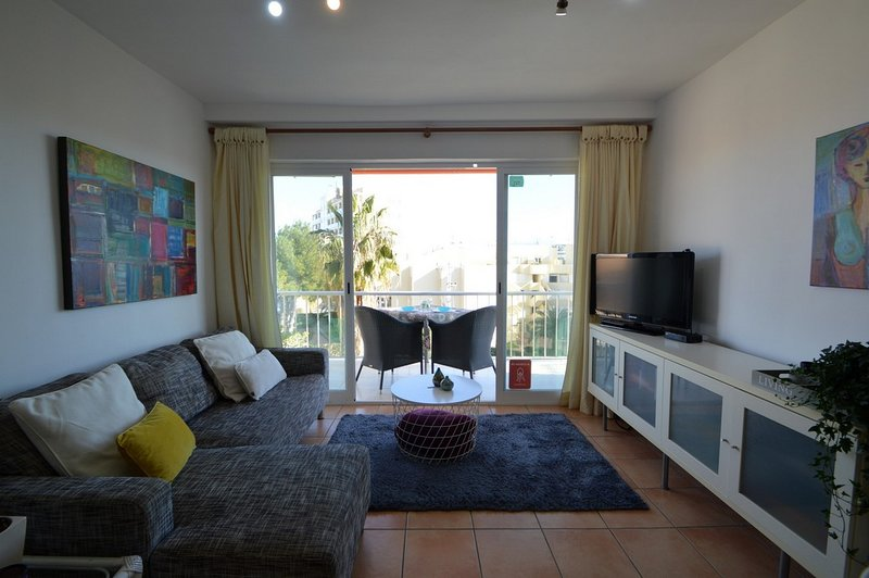 Lovely apartment at 200m from the beach perfect for couples!, Ferienwohnung in Javea