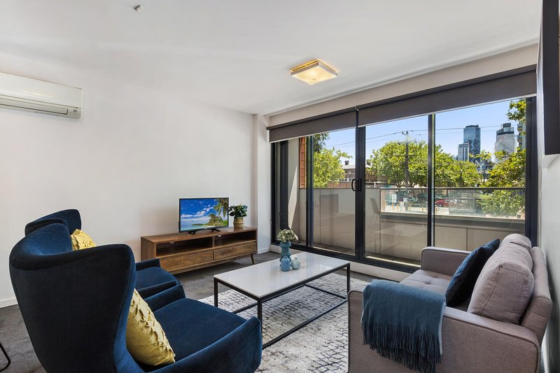 Stylish 2-Bed Apartment with Parking in Hip Area, alquiler vacacional en Albert Park
