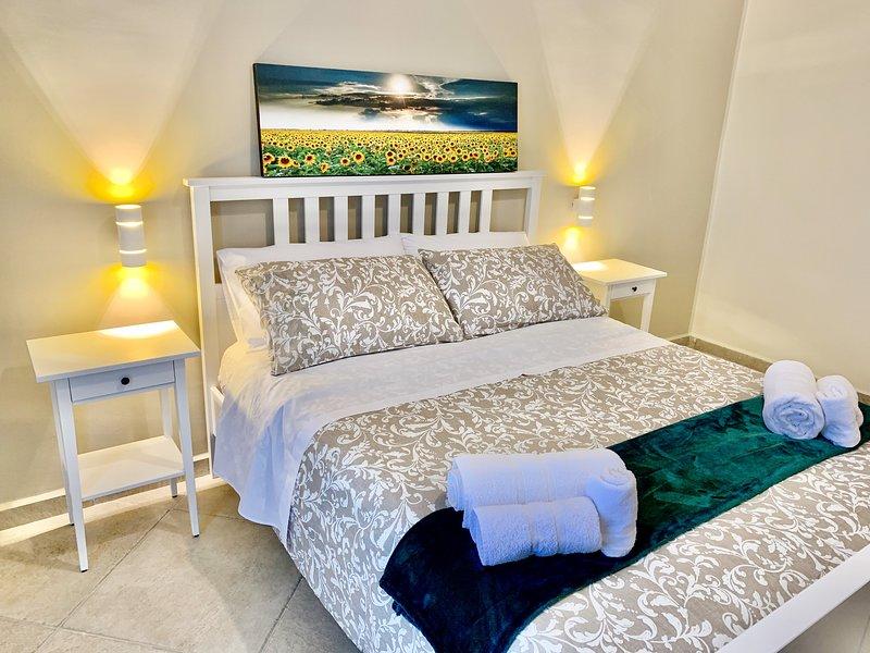 Majoliche Appartamenti - Burnia, holiday rental in Giuliana