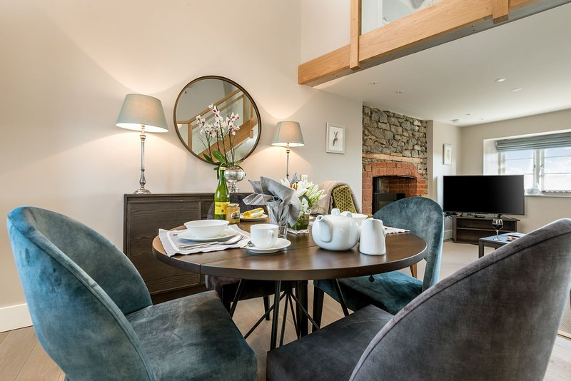 Romantic, perfect for couples, 5*Gold self-catering holiday cottage with garden – semesterbostad i Putley