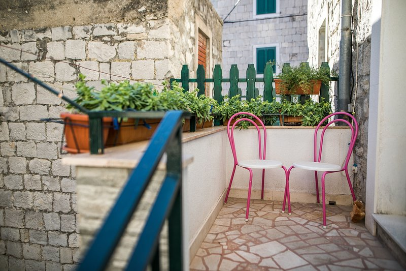 Flagstone,Furniture,Chair,Handrail,Banister
