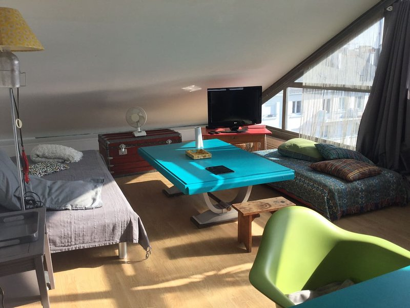 Nice apt near the beach & Wifi, holiday rental in Donges