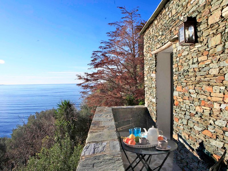 Casa Nonza, location de vacances à Canari