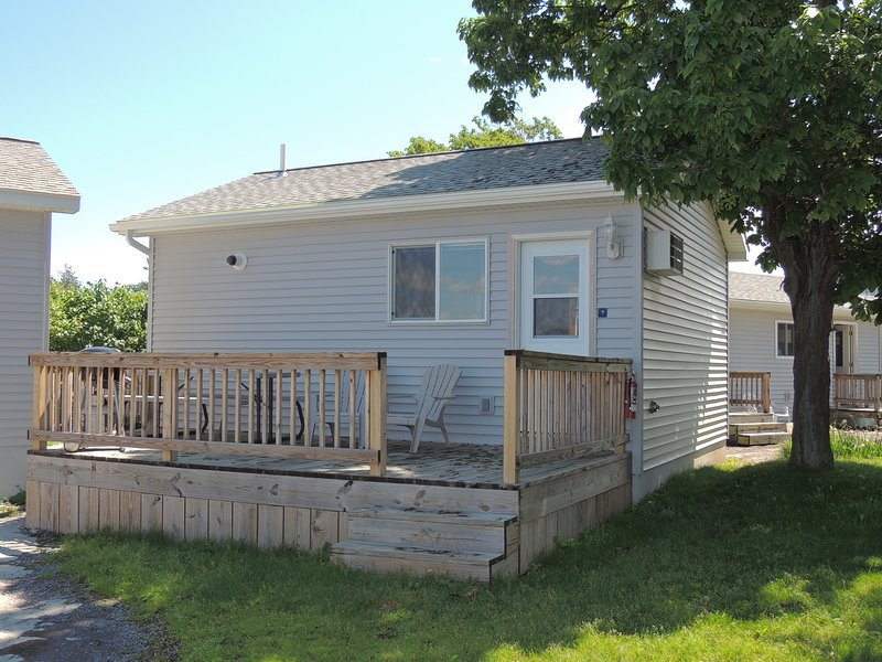 Quaint 1 bedroom/1 bath cottage #7, holiday rental in Cape Vincent