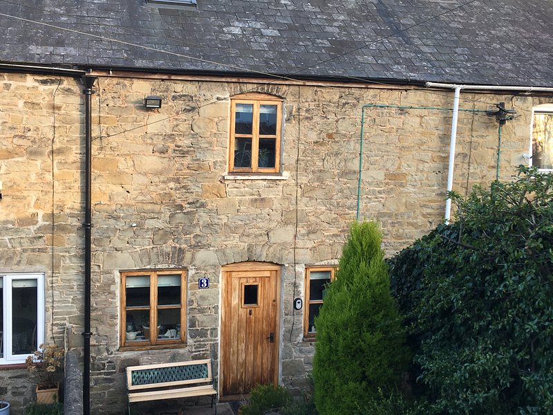 Foresters Inn  Wye Valley Cosy 2-Bed Cottage, holiday rental in Broadwell