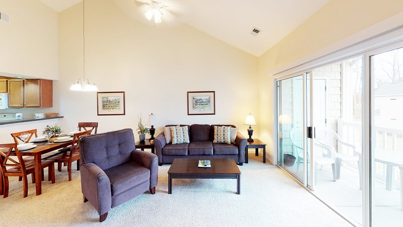 Village at the Glens S 202, holiday rental in Little River