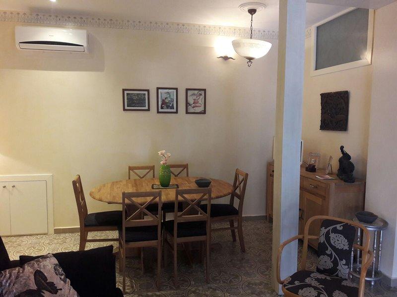 Apartamento Deluxe Tavera, vacation rental in Camarena