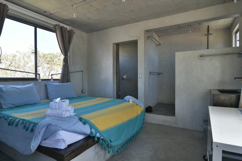 Room 7 - Perro Surfero Boutique Hotel, vacation rental in Todos Santos