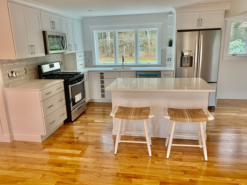 Newly Remodeled Cape Near Megansett Beach, holiday rental in Cataumet