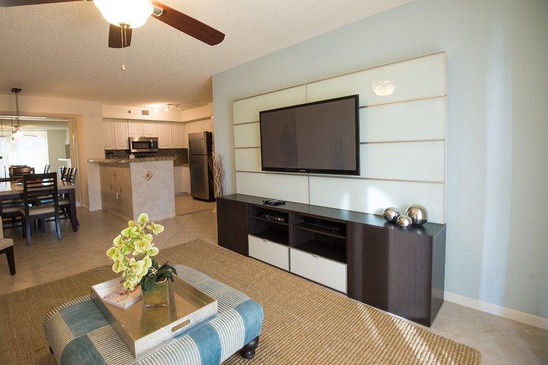 XIV- Resort Style Condo close to Beach and Shops, alquiler vacacional en Aventura