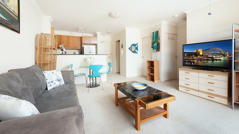 Comfy Coogee 1 Bedroom Hideaway, holiday rental in Randwick