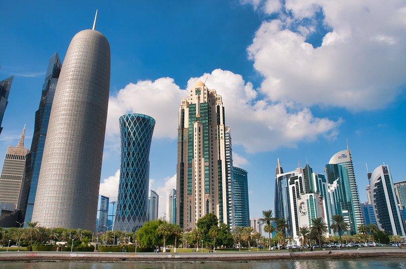 POSH 2 BR NEAR DECC IN WEST BAY, DOHA, Ferienwohnung in Katar