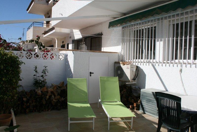 Spacious townhouse, El Campello, holiday rental in Hoya de los Patos