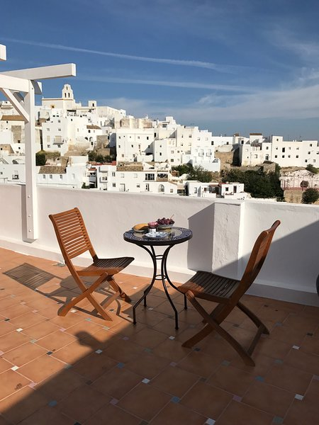 Casa Azulen, house with a view in the old town, holiday rental in Vejer de la Frontera