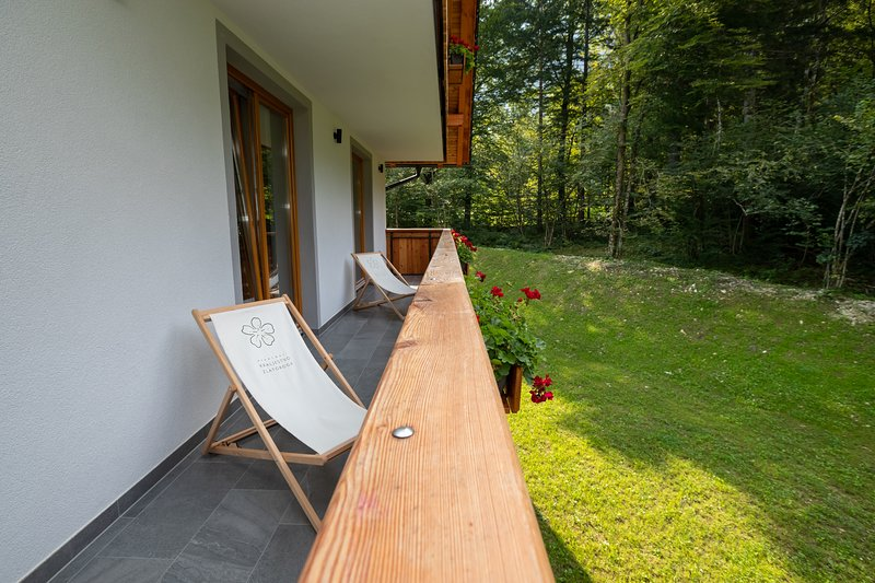 Apartments Goldhorn Kingdom - Two bedroom apartment with Balcony (C), holiday rental in Ribcev Laz