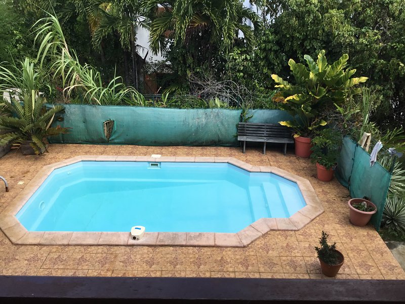 Nice apartment with shared pool, vacation rental in Baie-Mahault