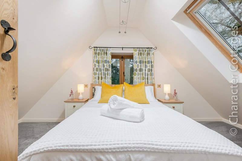 The Nest at Robins Roost is a beautiful rural retreat in Little Rissington., vacation rental in Wyck Rissington