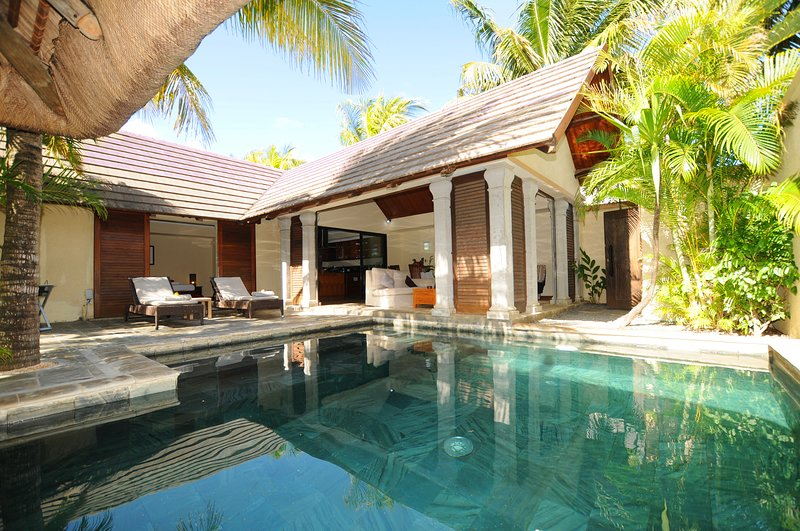 Villa Oasis 7, vacation rental in Pereybere