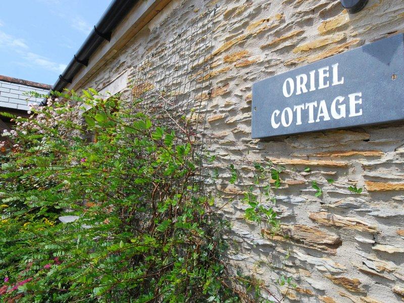 Oriel Cottage, holiday rental in Bittadon