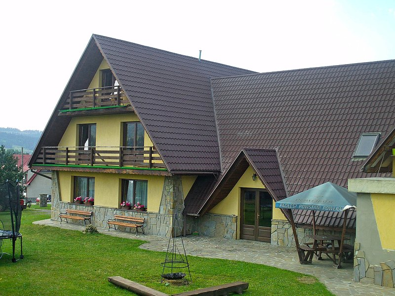 Chata pod Grapom, vacation rental in Rzepiska