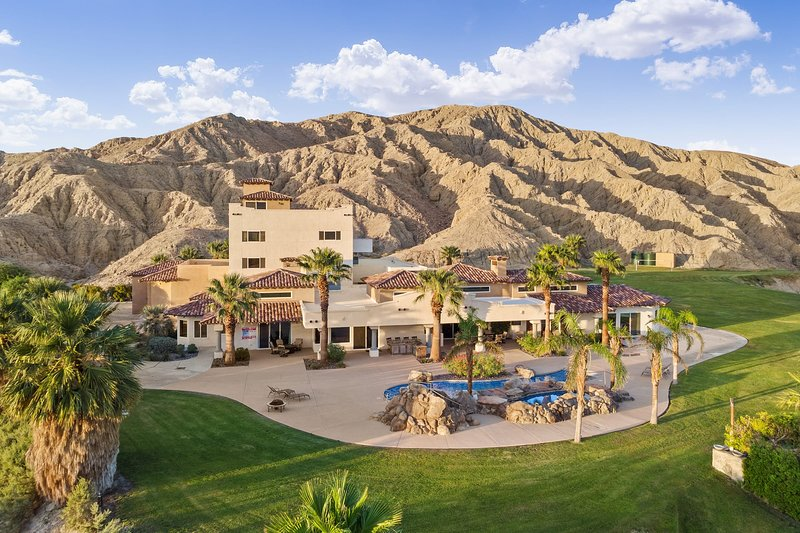 Andreas Oasis + Concierge Services, holiday rental in Thousand Palms