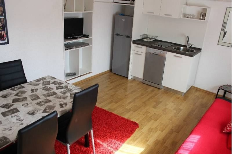 Holiday home 101285 - Holiday apartment 9141, holiday rental in Breze